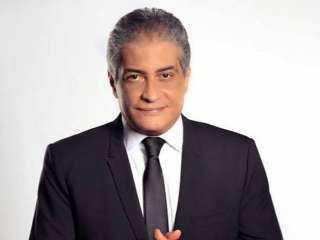 أسامة كمال يستعد لـ«90 دقيقة» بإجازة قصيرة من برنامجه على يوتيوب