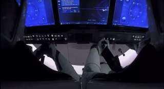 رائدا فضاء «سبيس إكس» في طريقهما إلى الأرض في ختام مهمة تاريخية