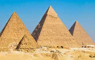 مسئول بالمتحف الكبير يعدد أدلة تؤكد أن الأهرمات شيدت بأياد مصرية