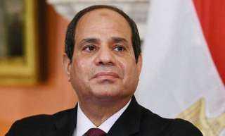 رئيس مجلس الشيوخ: السيسي زعيم مناضل.. والمصريون ينظرون إلينا نظرة الرجاء والأمل