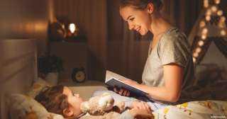 كيف تحكي قصص قبل النوم لأطفالك؟