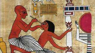 تسخين كعب القدم وقطع الأنف أو الأذنين.. عقوبات الفاسدين في عهد الفراعنة