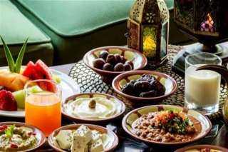 أطعمة يفضل تجنبها على الإفطار والسحور خلال رمضان.. تعرف عليها