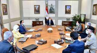 السيسي يجتمع بمدبولي وعدد من الوزراء لمتابعة الوضع الراهن لاحتواء فيروس كورونا