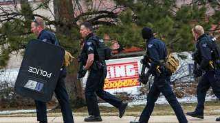 الشرطة الأمريكية تضبط رجل يخطط لإطلاق نار بأحد المتاجر